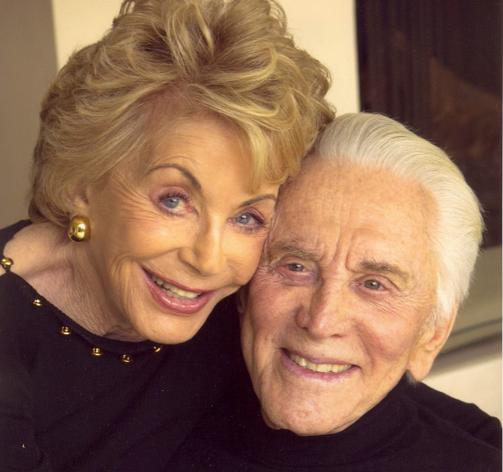 Kirk and Anne Douglas 202 years old combined celebrate ...