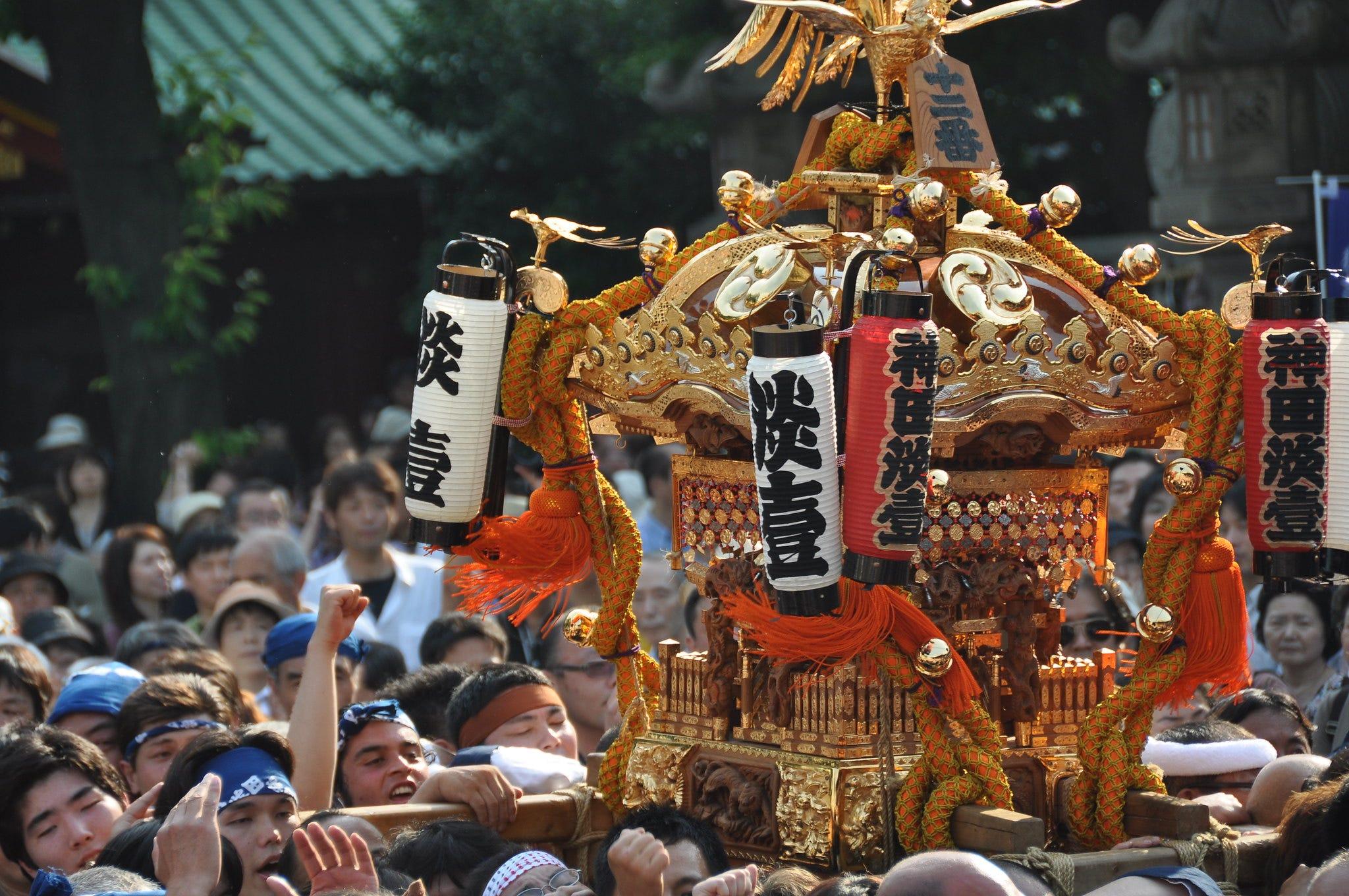 【2020.5】浩蕩地在鬧市馬路中穿梭!日本三大祭之一的東京神田祭 - 是日日本 - Medium