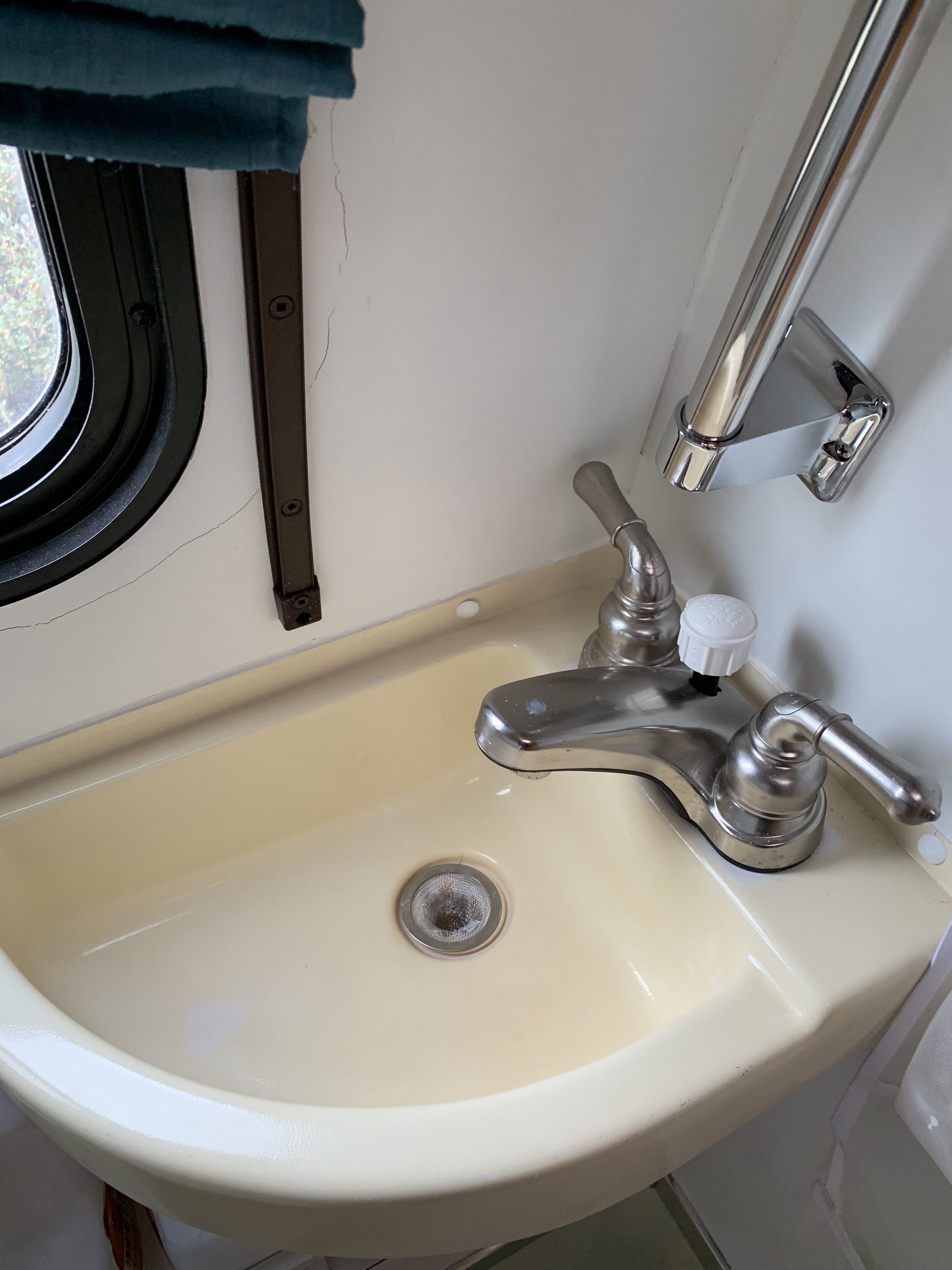 keeping clean while living in an rv