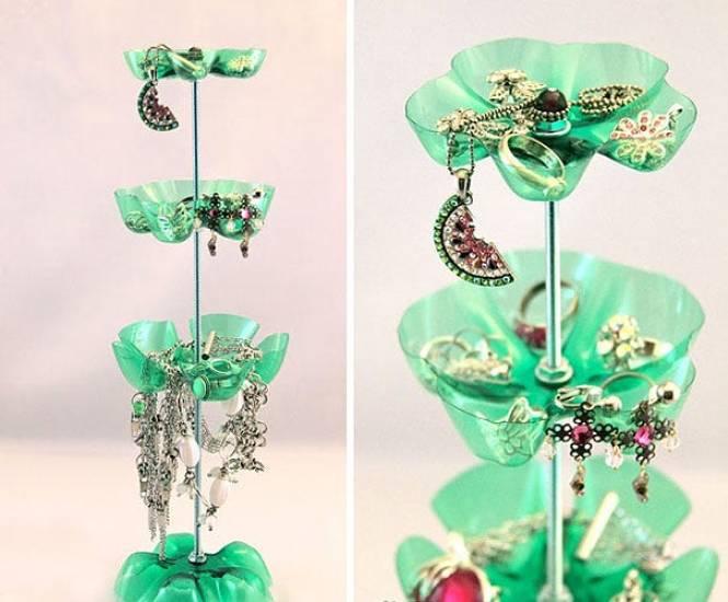 Kerajinan Tempat Menyimpan Perhiasan Dari Botol Bekas