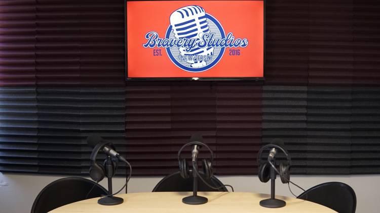 Sounder, bravery studios, podcasting, podcast, podcast editing, transcription, monetization, audio