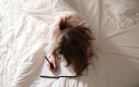 """Why You Should Try """"Morning Pages"""" to Increase Productivity and Creativity"""
