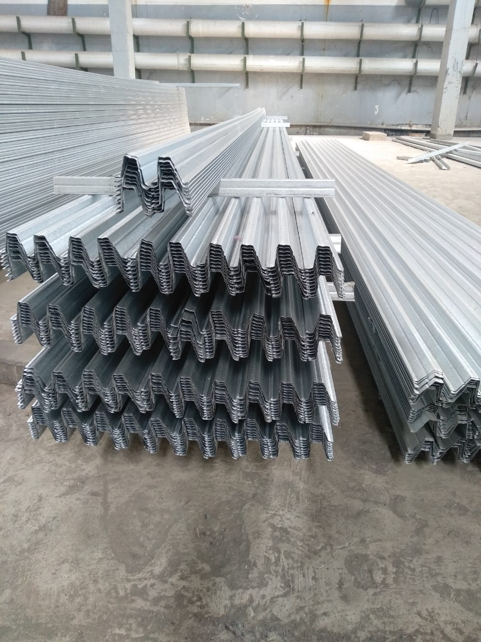 harga baja ringan bekas terlaris 082140494011 distributor galvalum atap di madium