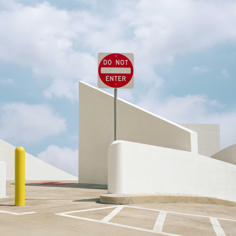 〈後真實 Post Truth — 喬治.伯恩亞洲首展〉展覽評析. 澳洲影像藝術家 — 喬治.伯恩(George Byrne) 的亞洲首展 ...