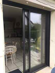 miroiterie yerroise- menuiserie -porte fenetre aluminium coulissante deux vantaux interieur