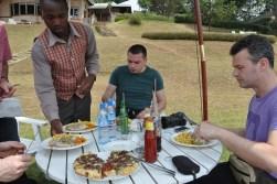 _29b primul pranz la Bunyonyi Lake