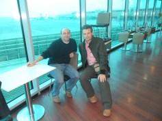 cu medicul insotitor in aeroportul Cairo