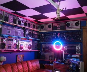 Aesthetic 80s Room