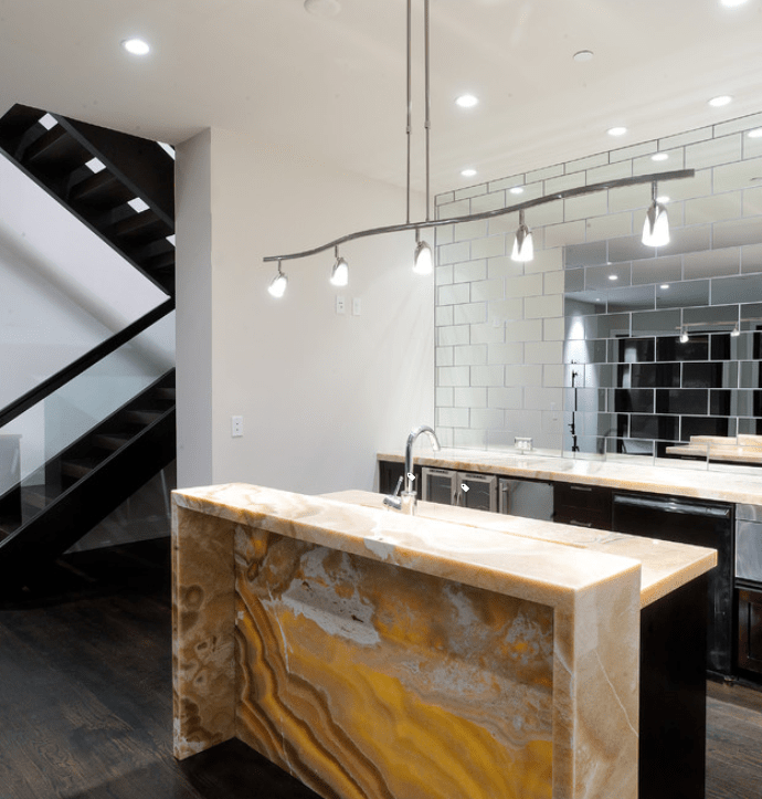 Mirrored Backsplash Inspiration [August 2020]