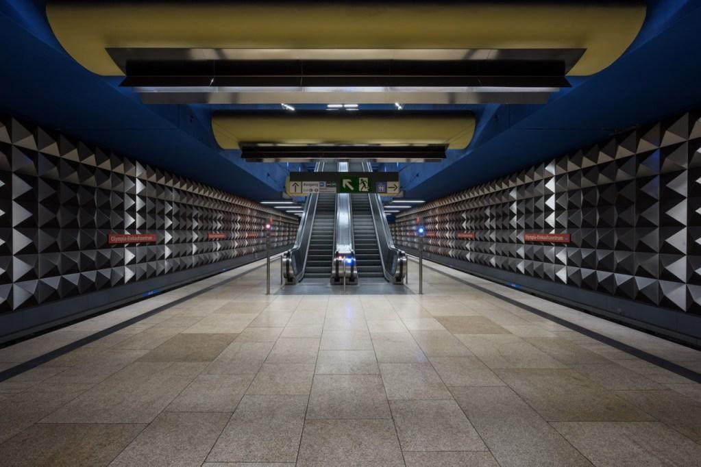 U-Bahnhof Olympia Einkaufszentrum in München