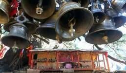 उत्तराखंड का वो मंदिर जहां रहते हैं नाग, पुजारी को भी देखने की इजाजत नहीं, पढ़िये रहस्यमयी मंदिर के बारे में