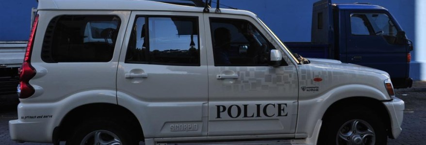 उत्तराखंड : दुर्भाग्य, आईजी की गाड़ी में बैठे पुलिसकर्मियों पर आईजी बनकर लूट का आरोप