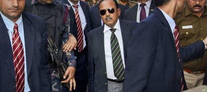 NSA डोभाल के सड़कों में उतरने से उपद्रवियों में दहशत, दिल्ली वालों ने ली चैन की सांस, लोग बोले अब चिंता की बात नहीं Delhi Violence