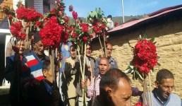 Uttarakhand जौनसार बावर : बुरांस के फूलों को मंदिरों में चढ़ाकर मनाया बिस्सू फूलियात