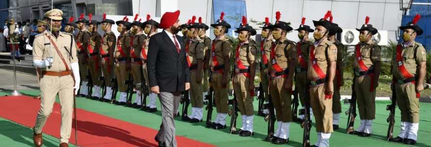 Uttarakhand देहरादून पहुंचे नवनियुक्त राज्यपाल लेफ्टिनेंट जनरल (सेवानिवृत) गुरमीत सिंह, बुधवार को लेंगे शपथ