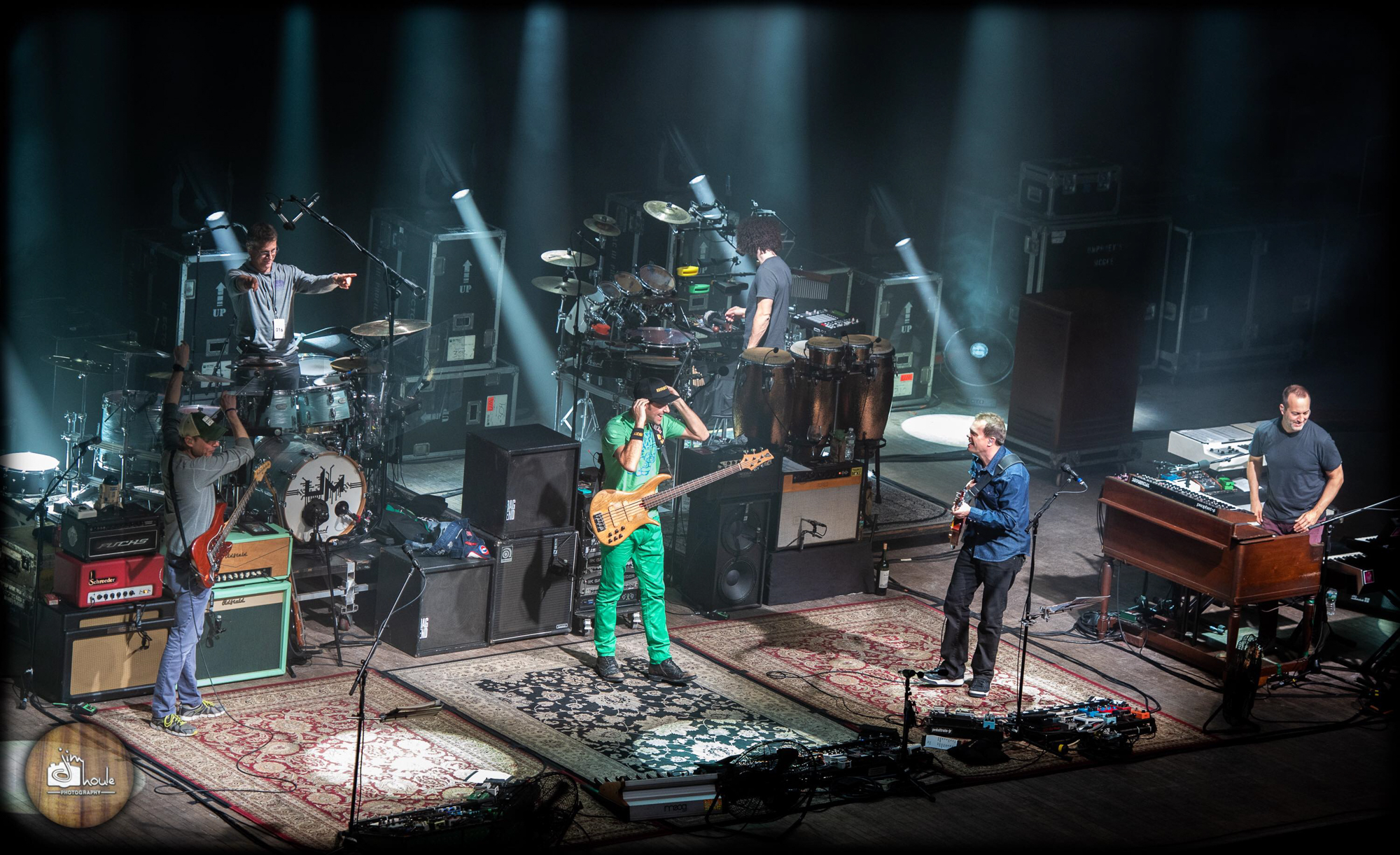 Umphrey's McGee Lights Up The Palace Theatre in Albany With Guests Vinnie Amico & Robert Walter