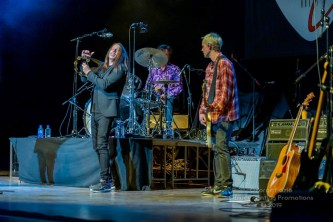 Buddy Guy and Kenny Wayne Shepard - Palace Theatre - Albany, NY 11-19-2019 (12 of 46)