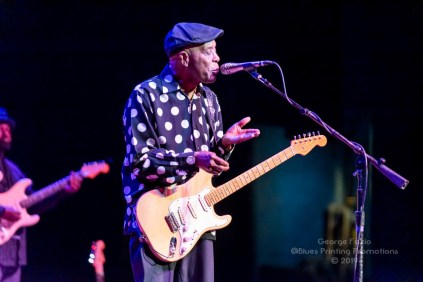Buddy Guy and Kenny Wayne Shepard - Palace Theatre - Albany, NY 11-19-2019 (26 of 46)