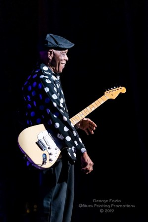 Buddy Guy and Kenny Wayne Shepard - Palace Theatre - Albany, NY 11-19-2019 (36 of 46)