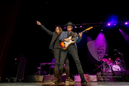Buddy Guy and Kenny Wayne Shepard - Palace Theatre - Albany, NY 11-19-2019 (7 of 46)