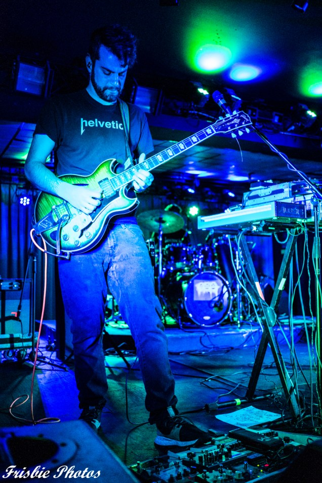Lespecial at Jewel 11-23-2019 Kyle Frisbie (21 of 33)