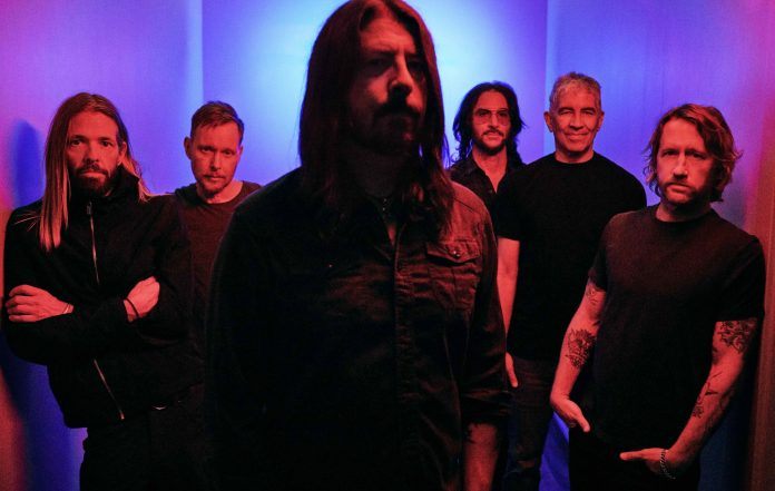 """Foo Fighters Kick Off The New Year with """"No Son of Mine"""""""