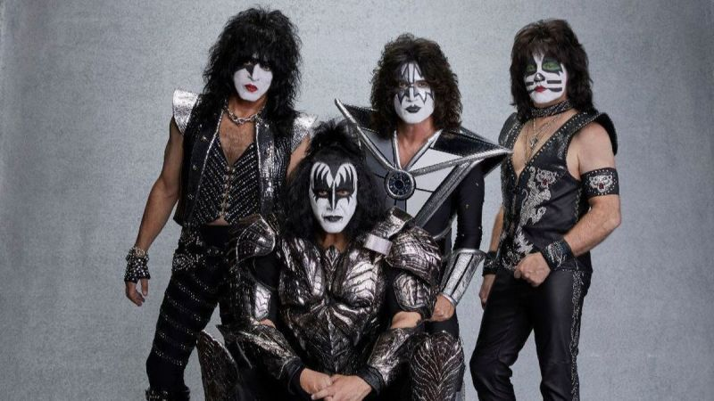 Kiss Sets Multiple World Records During New Years Eve Live Stream