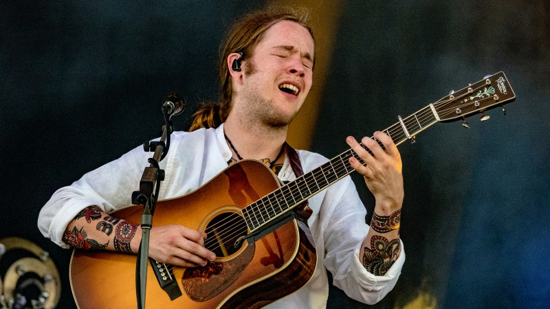 Billy Strings Shares New 2021 Tour Dates