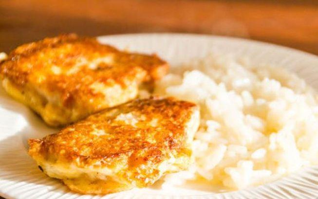 Рыба пожаренная на сковороде в сыре