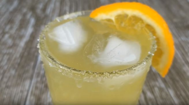 Классический домашний лимонад с лимоном