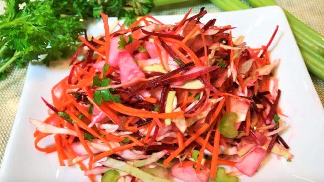 салат из свежей свеклы и моркови