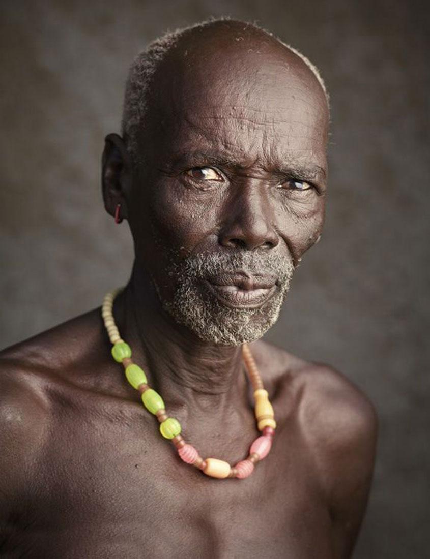 мальчик думал, фото негры племена документацией