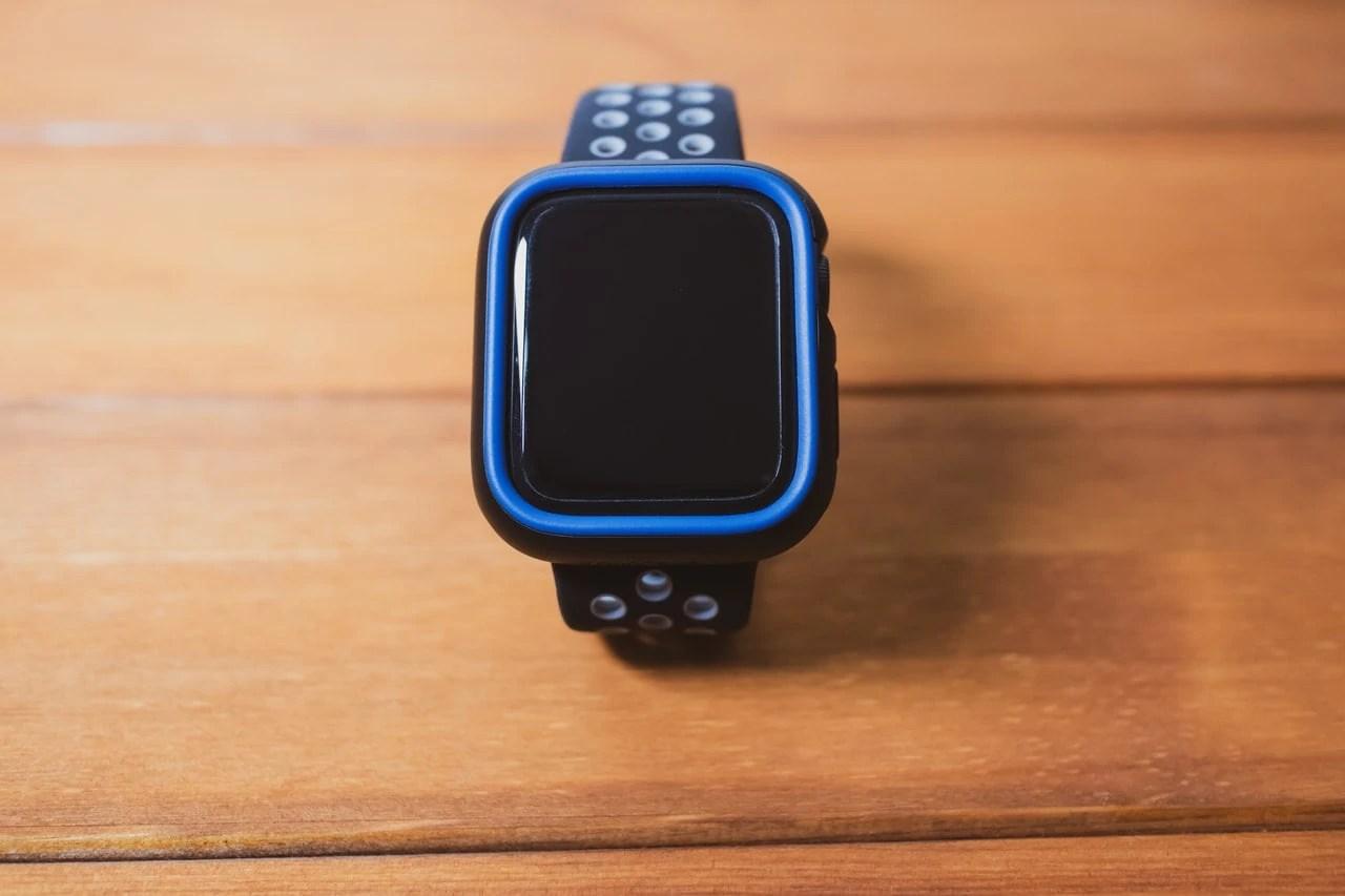 RhinoShield Apple Watch CrashGuard NXバンパーケースは本体をしっかりガード