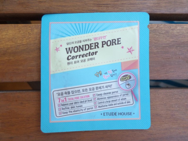 Etude House Wonder Pore Corrector sample