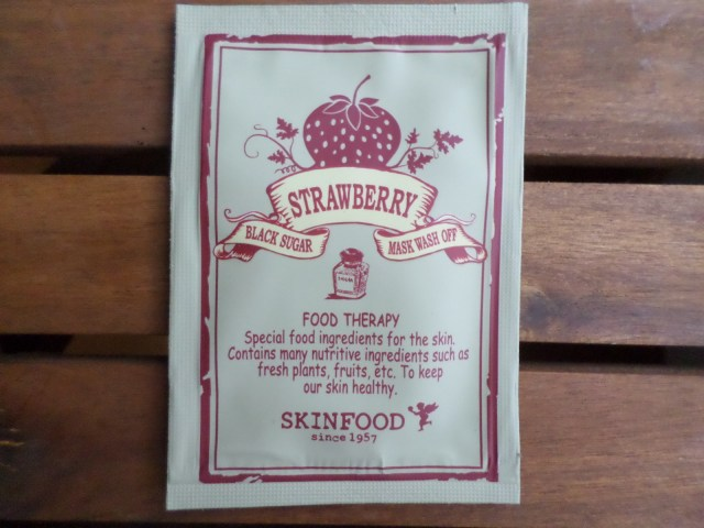 Skinfood's amazing Black Sugar Strawberry Mask Wash Off <3