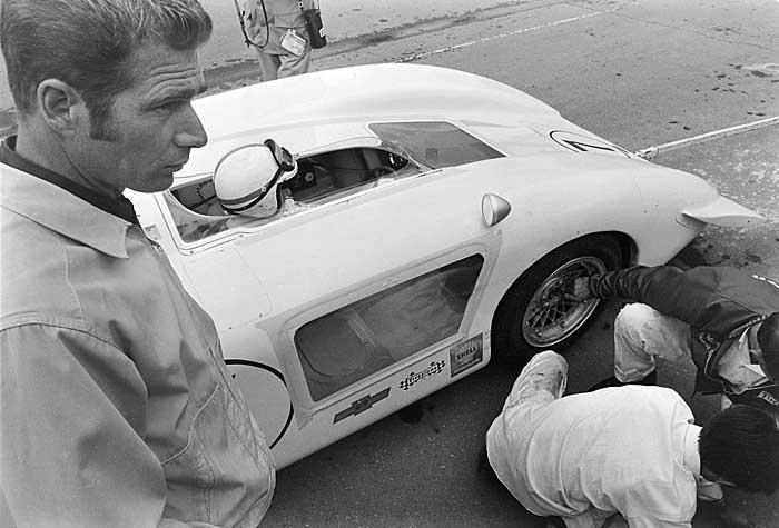 Jim Hall Chaparral 2H race car
