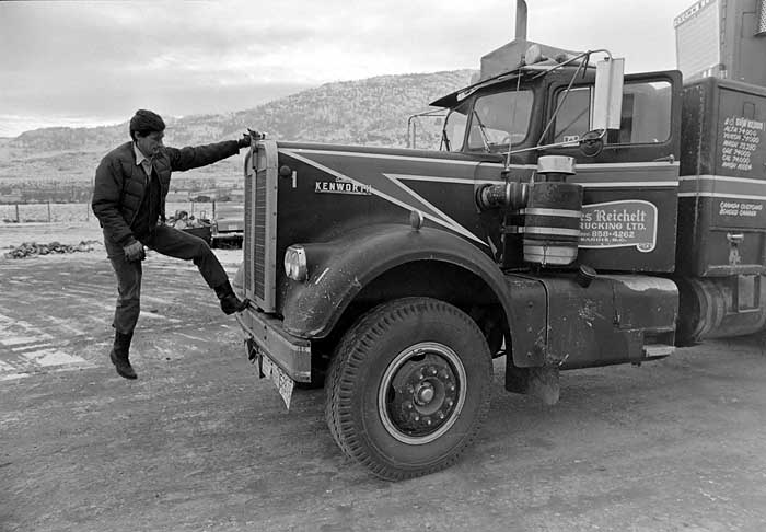 Vic Foisy truck driver 1974 011