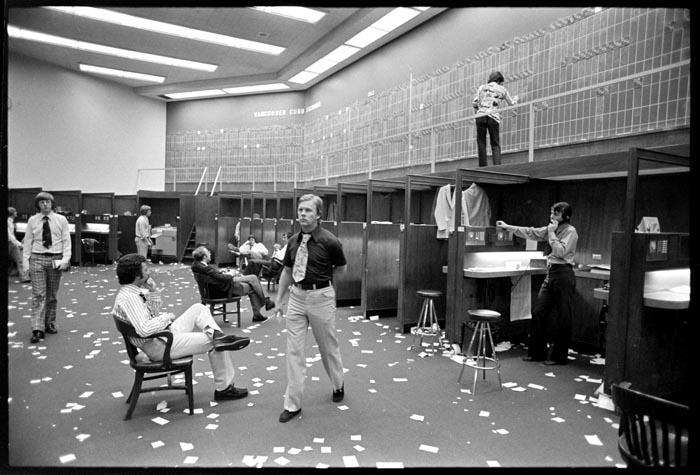 1977-05-00_162
