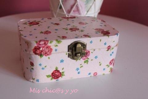 Caja forrada servilleta