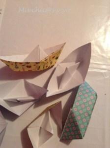 Guirnalda con barcos de papel