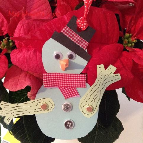 Muñeco de nieve articulado en cartulina