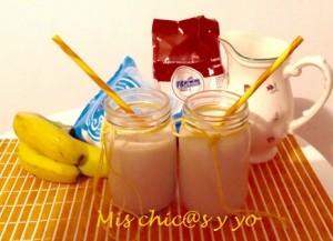 Smoothie de coco y plátano