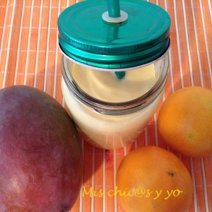 Smoothie de mango y naranja