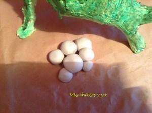 Huevos de dinosaurio, maqueta