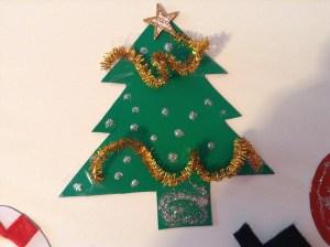 Manualidad de árbol de Navidad