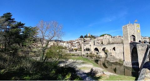 Puente de Besalú
