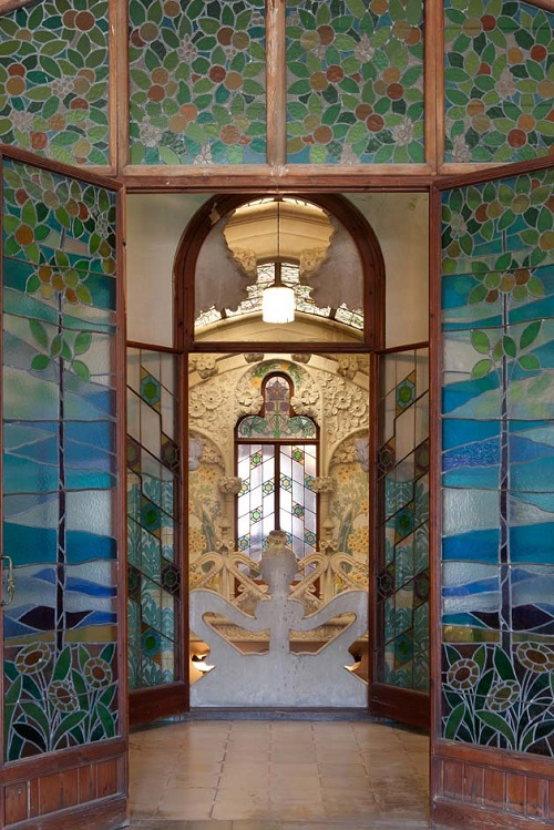 Casa Navàs en Reus, detalles de las vidrieras