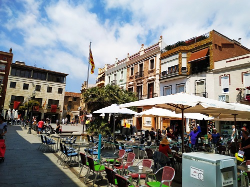 Vista general de la Plaza de la Vila de Calella