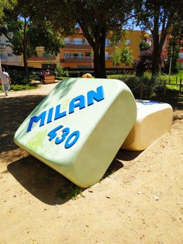 Goma de borrar gigante en el Parc Francesc Maciá, Malgrat de Mar