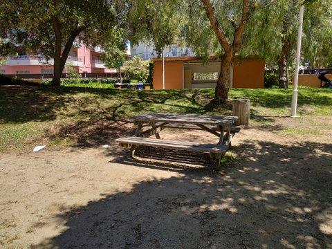 Mesa de pícnic, Parc Francesc Macià, Malgrat